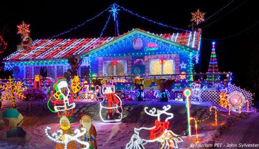 クリスマス・シーズンのプリンスエドワード島とトロントで遊ぶ